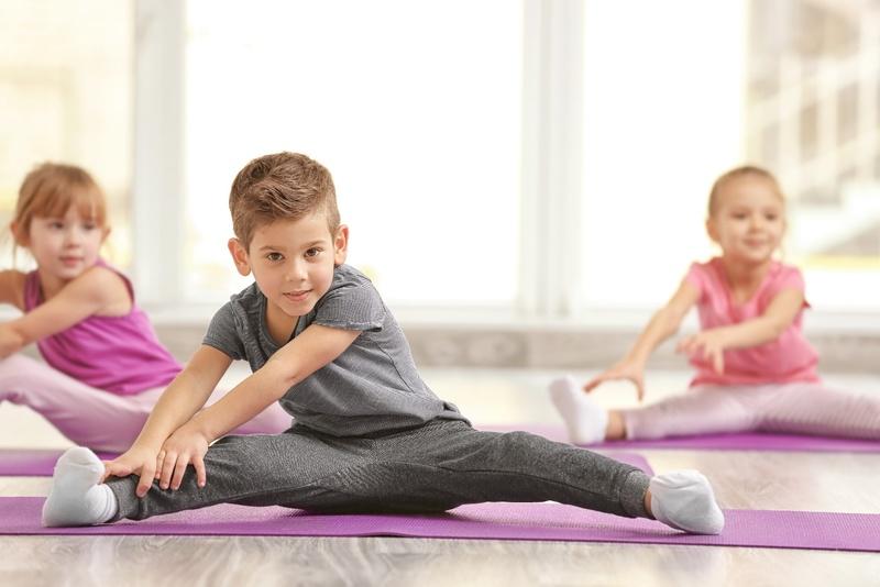 Masz pewność, że Twoje dziecko ma prawidłową postawę ciała ?   Centrum Fizjoterapii Rehabu